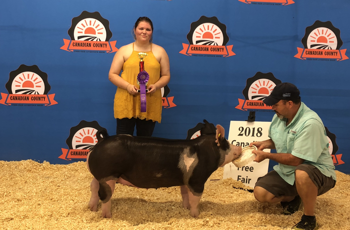 Raven won Breed Champion with her Berk Gilt at Canadian County