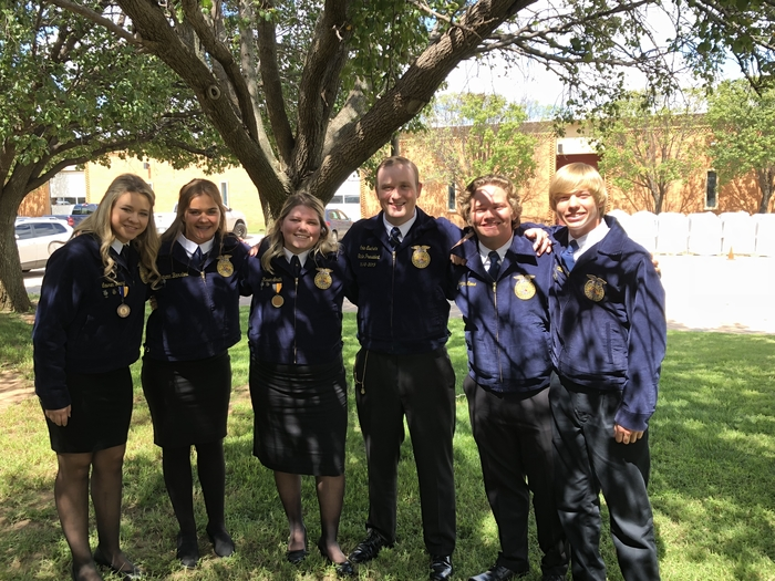 FFA Officers at COLT conference with State FFA President Cole Eschete