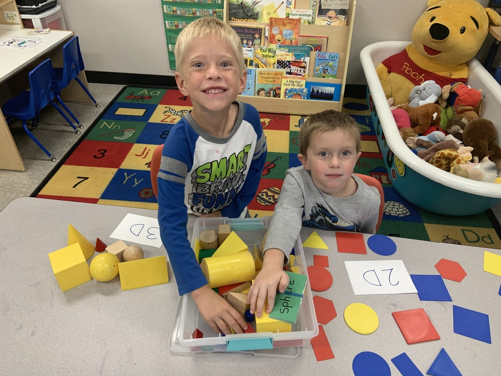 2d and 3D shapes with friends